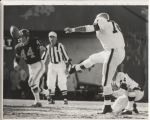 Lou Groza 1965 kicking vs. Vikings original Malcolm Emmons photo