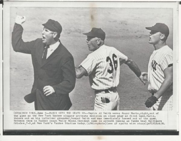 Roger Maris Thrown out of Game Original 1962 wire photo
