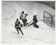 Chicago Blackhawks Tod Sloan scores his 200th NHL goal vs NY Rangers original photo