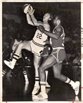 ABA Basketball Spurs vs. Memphis Tams George Karl vs Lee Davis Original Type I Photo
