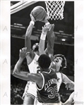 Pete Maravich Screams New Orleans Jazz vs Jim Cleamons NY Knicks 1978 TYPE I Original Photo