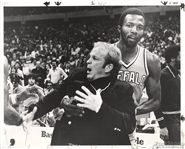 1978 Bad News Barnes Restrains Buffalo Braves Coach Cotton Fitzsimmons Original TYPE I photo