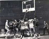1962 Kansas City Steers vs. Chicago Majors Action Shot Original Photo ABL Basketball