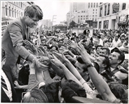 1968 Robert F. Kennedy On the Campaign Trail in California Crystal Clear Original Photo