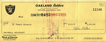 Don Shinnick Signed 1977 Oakland Raiders payroll Check