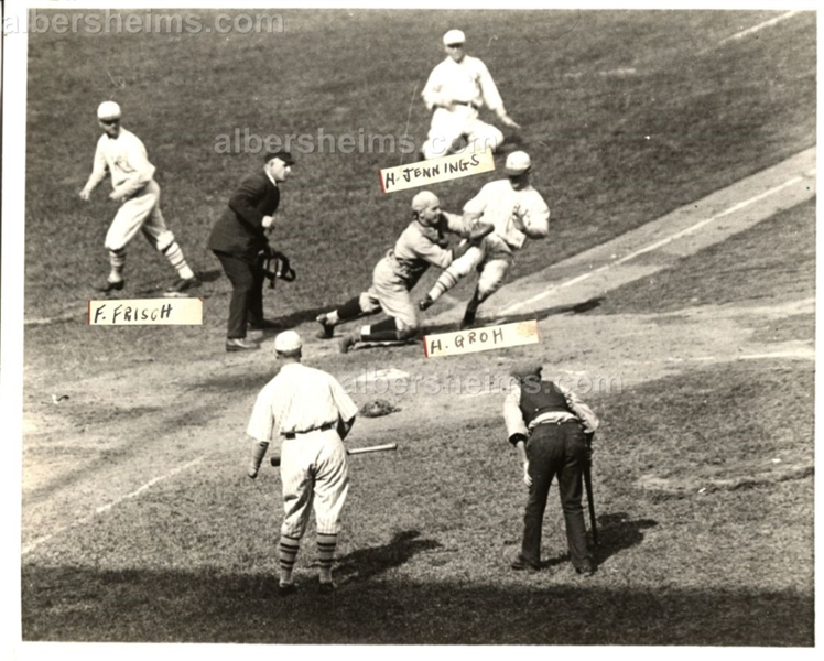 1922-25 Frankie Frisch Hughie Jennings & Heinie Groh New York Giants Original Photo